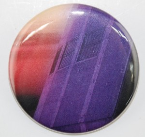 advertisement pin-back button